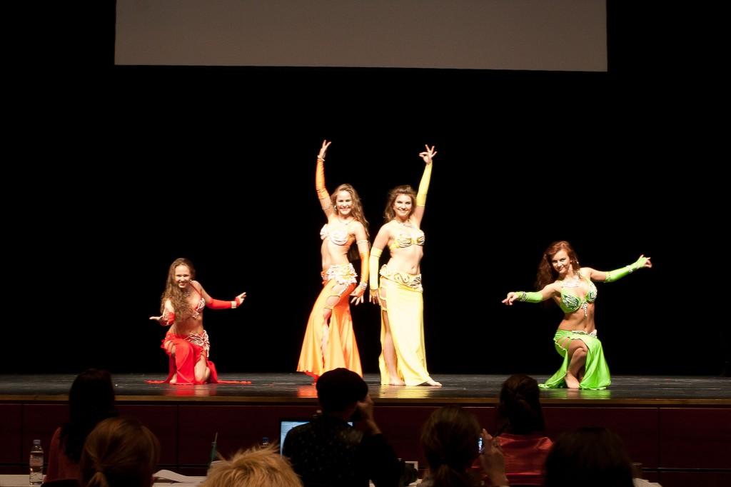 """Das russische Ensemble """"Tanz Theater Mahaon"""" belegte mit ihren Choreografien den ersten und den dritten Platz im Choreografie-Contest."""