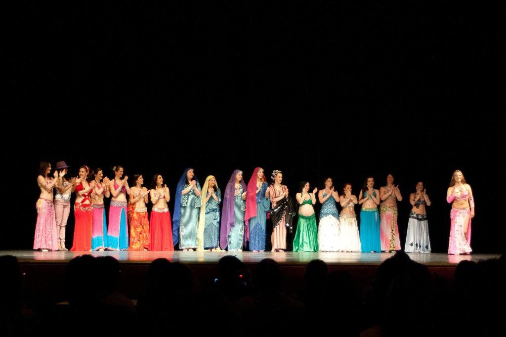 Am Ende der Gala-Show kamen alle Akteurinnen noch einmal auf die Bühne