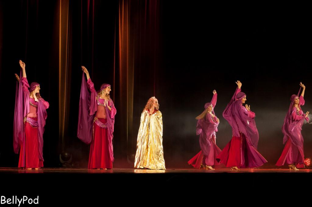 """Eine sehr schöne Muwashahat-Interpretation zeigte das Corps de Ballet in der Szene """"Cordoba""""."""