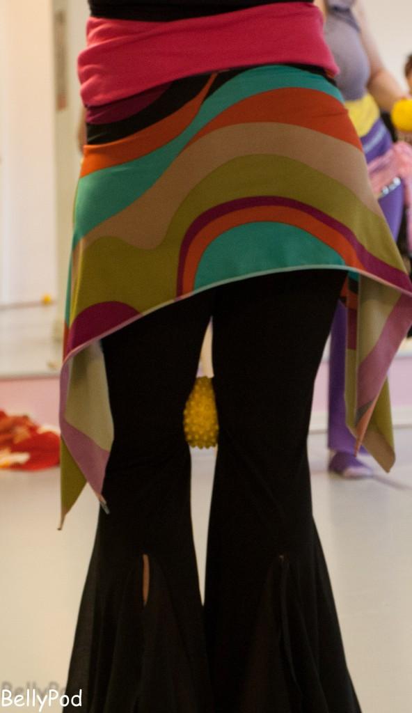 Auch kleine Hilfsmittel, wie hier ein Franklin-Ball, kommen bei der Didaktik der Tanztechnik zum Einsatz. Impression vom Tanztechnik-Seminar der BATO im Januar 2015.