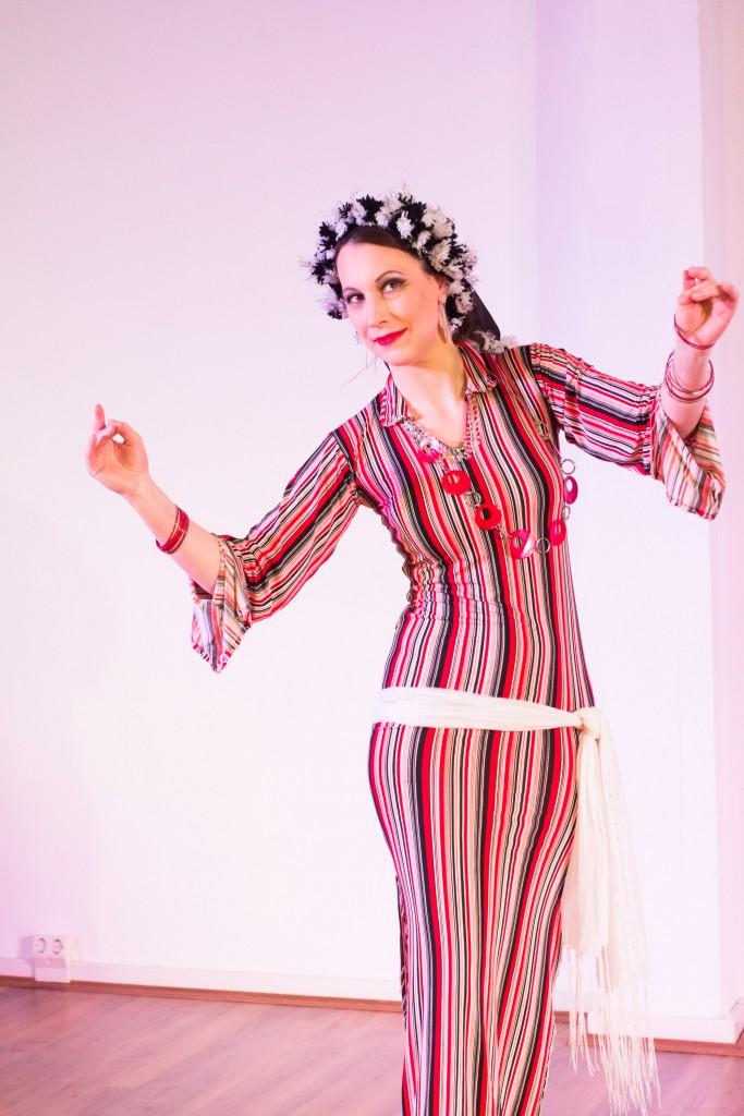 Baladi vom Feinsten mit Mellany Amar bei ihrem Prüfungstanz Folklore.